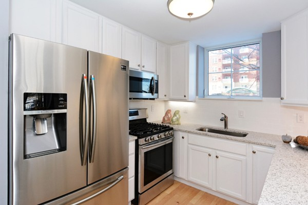 38 Village Road, Middleton, MA, 01949,  Home For Sale