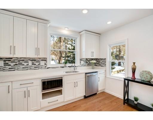 83 Edgemoor Avenue Wellesley MA 02482