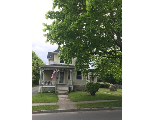 63 Fort St, Fairhaven, MA 02719
