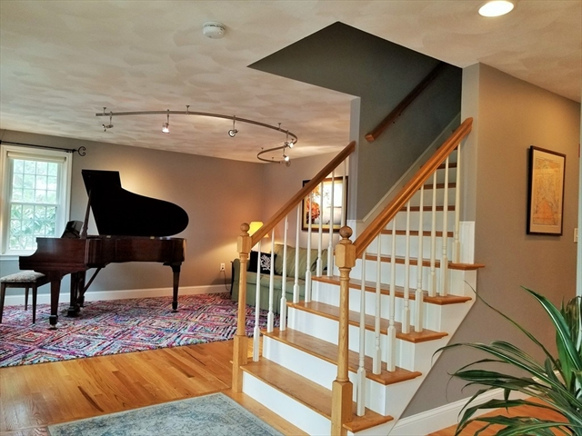 10 Pheasant Lane, Groveland, MA, 01834, Essex Home For Sale
