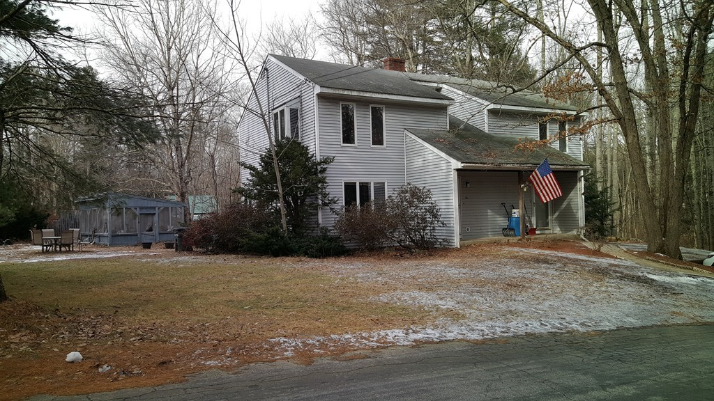 Photo of 14 Thorne Road Kingston NH 03848