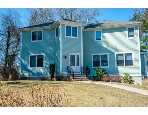 11 Belleview Avenue Middleton MA 01949