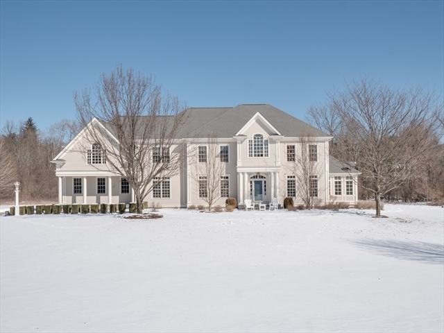 4 Knollcrest Farm Ln, Sherborn, MA, 01770, Middlesex Home For Sale