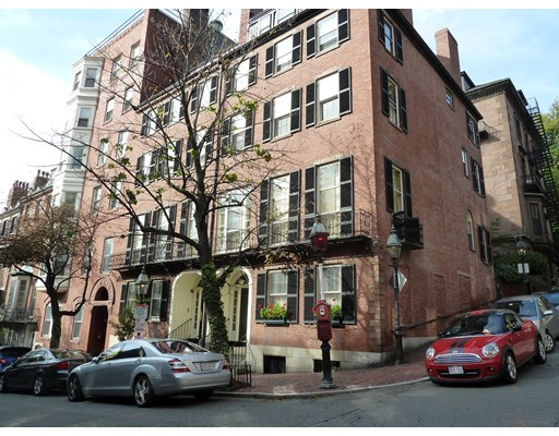 1 Chestnut St #2A, 2B, Boston, MA 02108