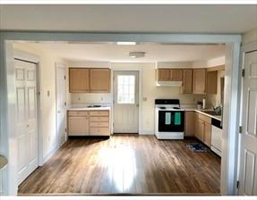 17B Old South Rd #2, Nantucket, MA 02554