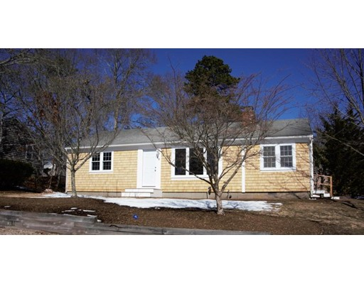 60 Uncle Bills Way Dennis MA 02660
