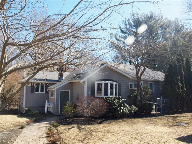 35 Lincoln Ave, Lynnfield, MA, 01940, Essex Home For Sale