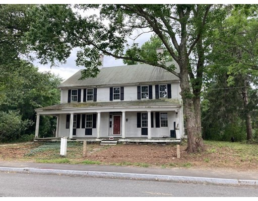 6 bed, 2 bath home in West Bridgewater for $479,000