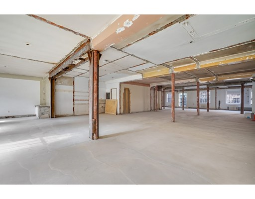 4 Byron St #4, Boston, MA 02108