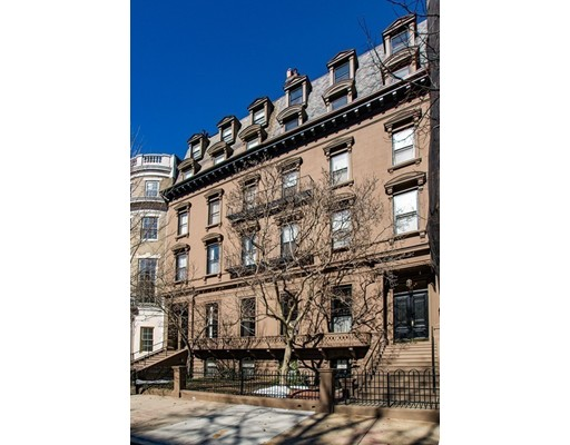 Condominium/Co-Op for sale in 144 Beacon St Back Bay, Boston, Suffolk