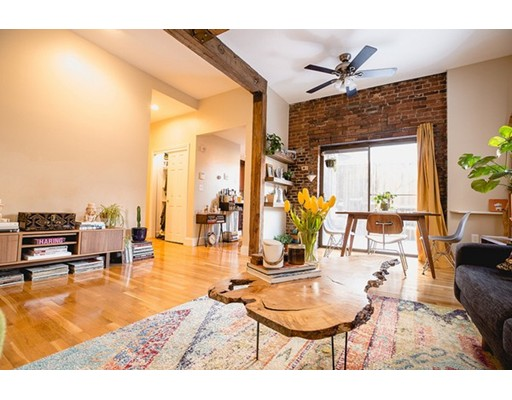 57 Charter Street, Unit 1A, Boston, MA 02113