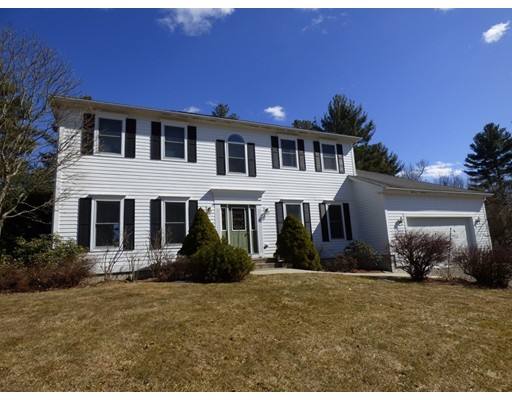 15 Tanglewood Road Amherst MA 01002
