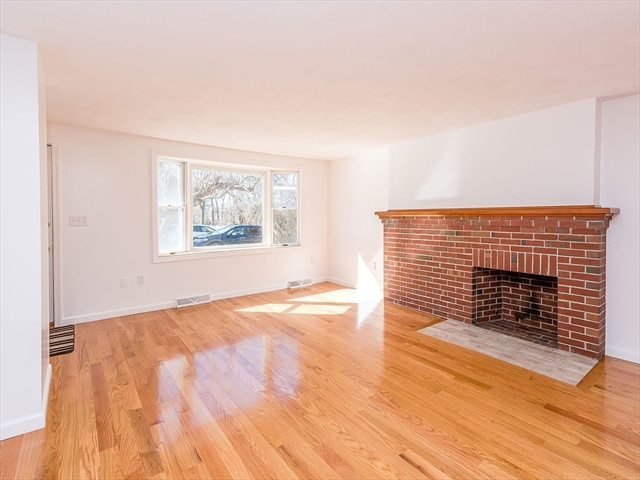 224 Park St, Stoneham, MA, 02180, Middlesex Home For Sale