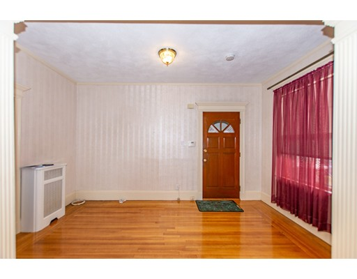 42 Reynolds Avenue Everett MA 02149
