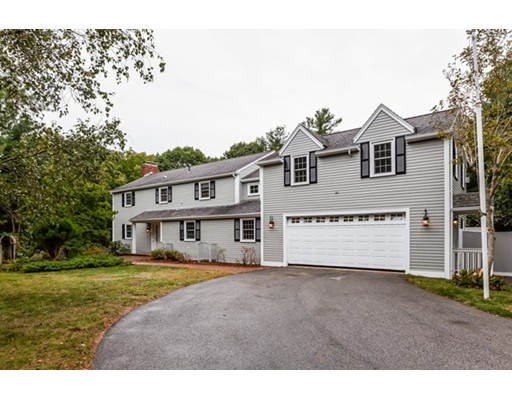 11 Rockwood Heights Road Manchester MA 01944