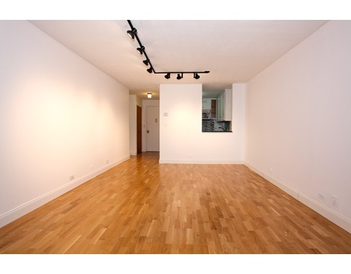 151 Tremont #23U Floor 23