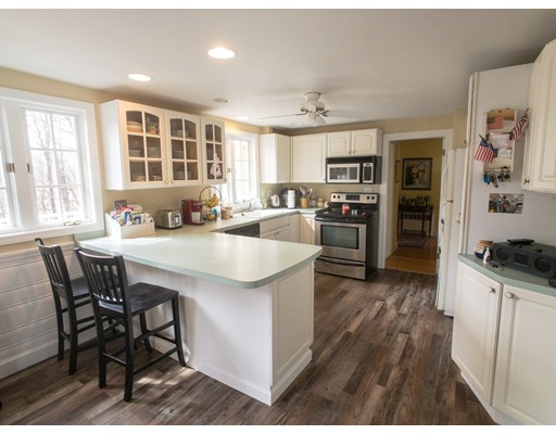 65 Outlook Rd, Wakefield, MA 01880