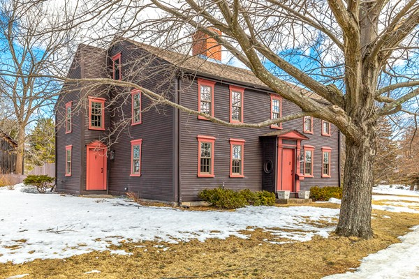 215 ELM STREET, North Reading, MA, 01864, Middlesex Home For Sale