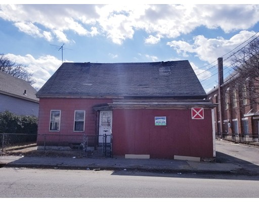 242 Lakeview Avenue Lowell MA 01850