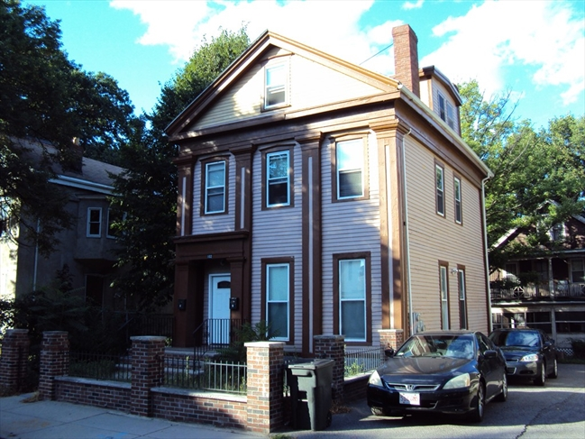 Swell South Boston Real Estate Multi Family Homes For Sale Home Interior And Landscaping Mentranervesignezvosmurscom