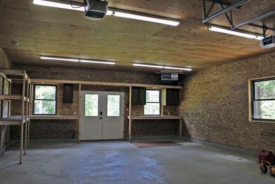 6 Great Pines Drive Ext, Shutesbury, MA: $325,000
