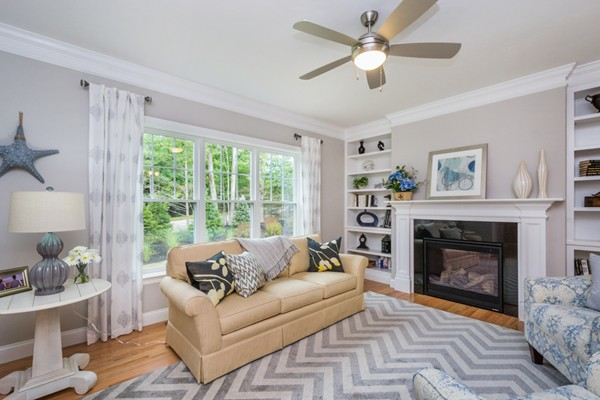 17 Evergreen Drive, Bellingham, MA, 02019,  Home For Sale