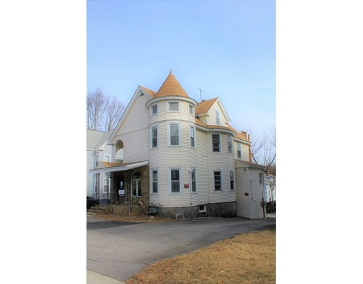 10 Richmond Ave, Worcester, MA 01602