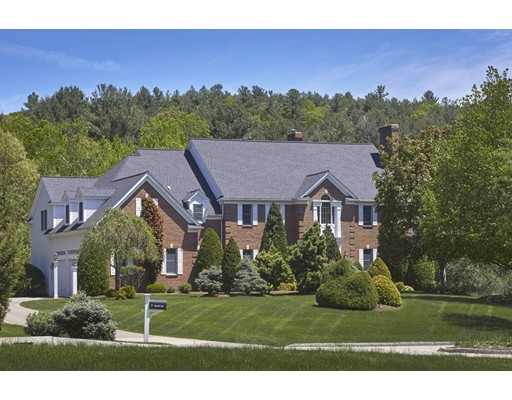 7 Yeager Way Wayland MA 01778