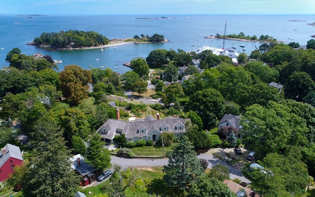 26 Gingerbread Hill Marblehead MA 01945