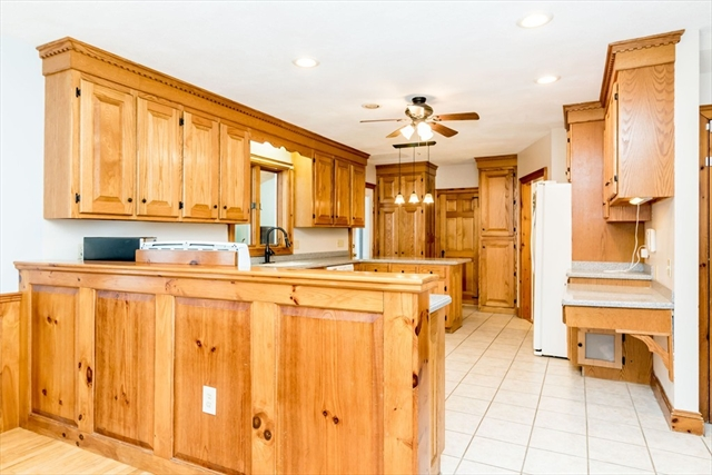 2 Saint James Pl, Townsend, MA, 01474, Middlesex Home For Sale