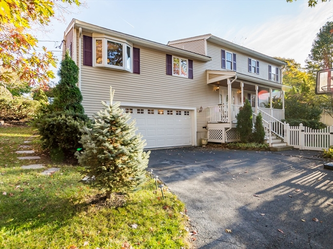 8 Grandview Avenue Burlington MA 01803