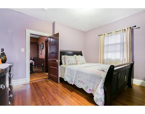 19 Holiday St, Boston, MA 02122