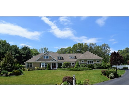 15 Old Tavern Ln, Sutton, MA 01590