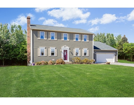 14 Clarence Dr, Oxford, MA 01540