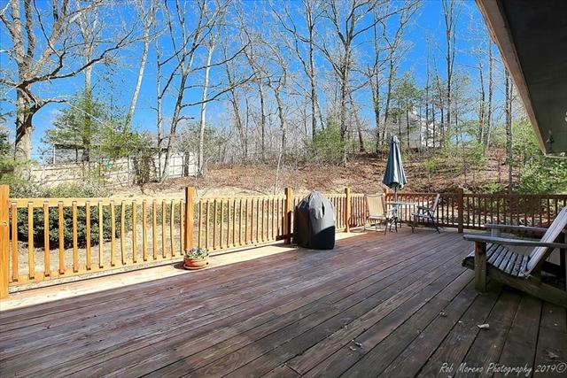 276 School St, Groveland, MA, 01834, Essex Home For Sale