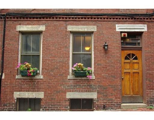 27 Ridgeway Lane Boston MA 02114