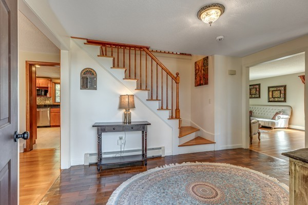 24 Bluejay Road, Lynnfield, MA, 01940, Essex Home For Sale