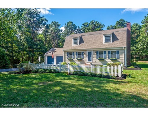 1166 Old Post Rd, Barnstable, MA 02635