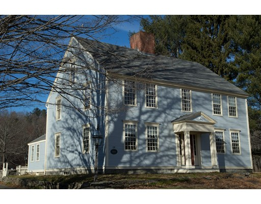 19 Brookfield Road, Brimfield, MA 01010
