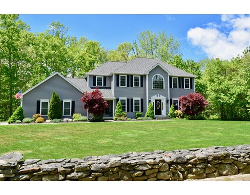18 Wallace Road Sturbridge MA 01566