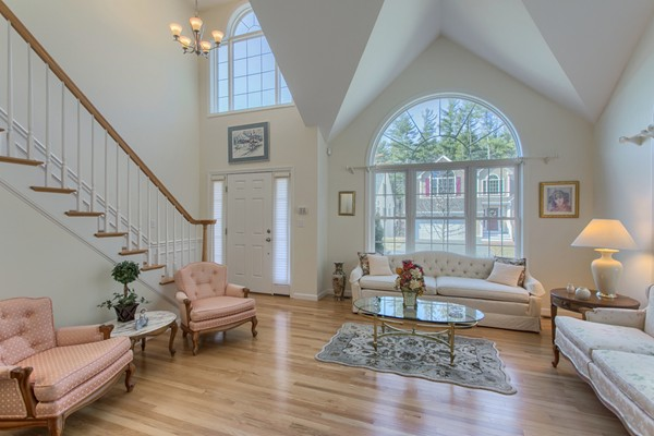 32 Windemere Circle, Tyngsborough, MA, 01879, Middlesex Home For Sale
