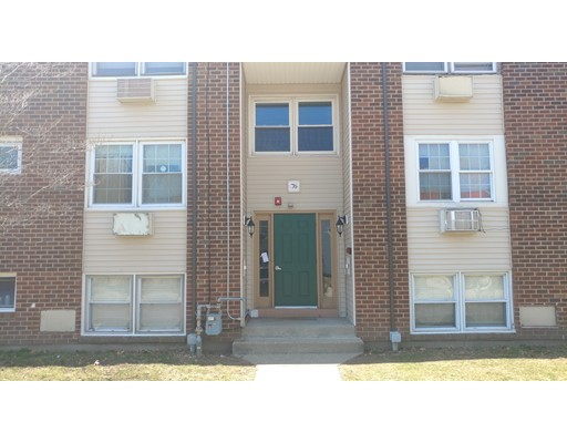 76 Park Street 2C, Pawtucket, RI 02860