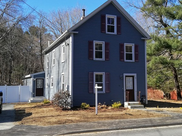 76 Kendall Rd, Tyngsborough, MA, 01879, Middlesex Home For Sale