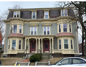 27 Hollywood St #1, Worcester, MA 01610