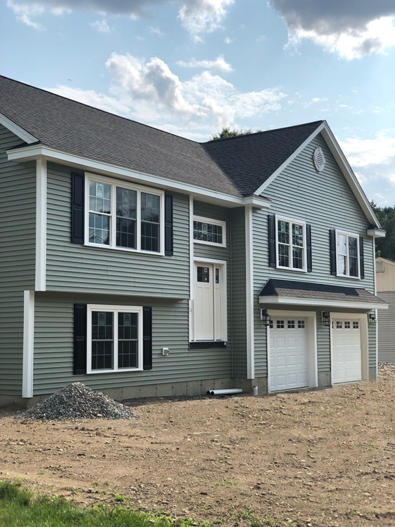 Photo of 17 Greenview Rd Stoneham MA 02180