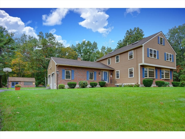3 RHUM CIRCLE, Chelmsford, MA, 01863, Middlesex Home For Sale