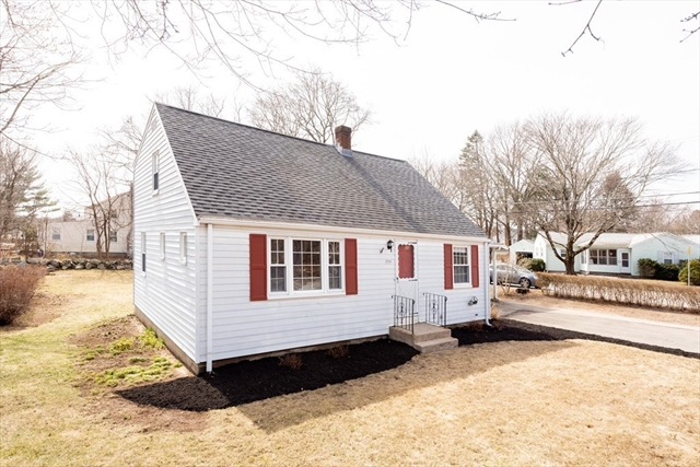 734 South St, Holbrook, MA, 02343, Norfolk Home For Sale