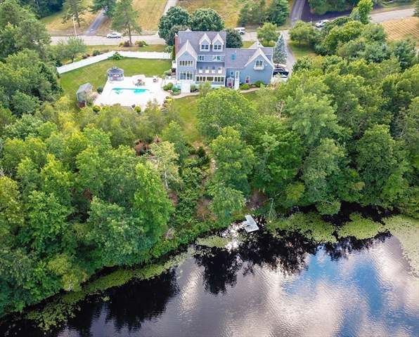 10 Beaumonts Pond Dr, Foxboro, MA, 02035, Norfolk Home For Sale