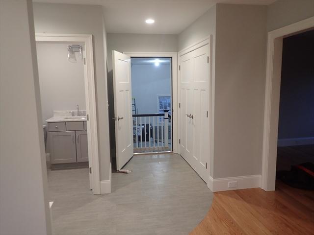 25 Sycamore Lane Billerica MA 01821