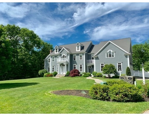 34 MINUTEMAN ROAD, Medfield, MA 02052